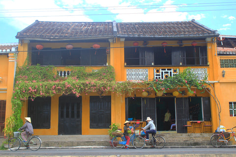 Travelbay Blog - Snapshot Hoi An - Yellow houses