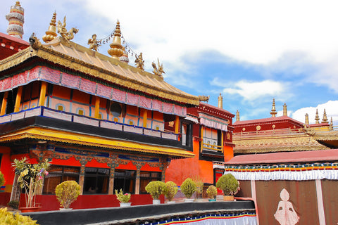 Travelbay Private Tours to China - Travelling in Tibet