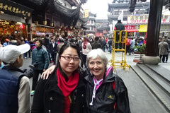 Travelbay China Reviews - Lyn Pollard with guide in Shanghai