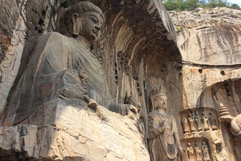 Travelbay Customer Reviews - Ray & Rose Schmidt in China - Longmen Grottoes 1