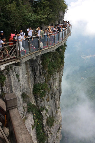 Travelbay Customer Reviews - Ray & Rose Schmidt in China - Zhangjiajie Glass Bridge 2