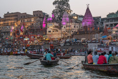 Travelbay India Reviews - Simon Collard - Ganges River, Varanasi