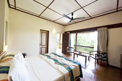 Travelbay Maldives Holidays - Adaaran Club Rannalhi - Standard Room