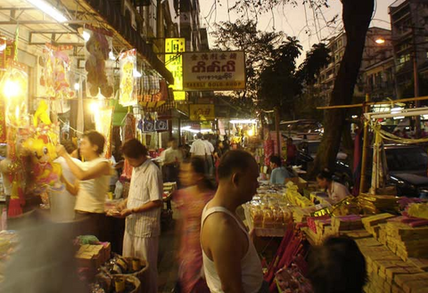 Travelbay Snapshot Yangon - 5 Top Tips - Chinatown, Yangon