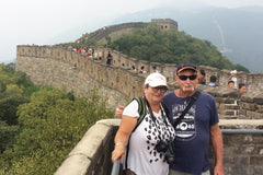 Travelbay Tailor Made Tours Reviews - Ray & Rose Schmidt on the Great Wall of China