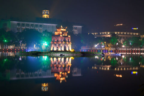 Travelbay Vietnam - Day Tours - Hanoi at night - West Lake