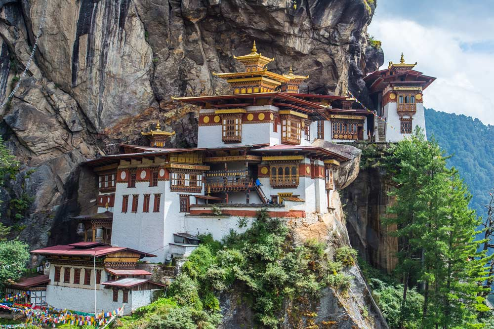 Travelbay Bhutan Tours - 6 Extraordinary Days in the Kingdom of Bhutan - Bhutan Small Group Tours - Taktsang Monastery, Paro