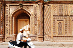 Travelbay China Tours – 12 Days on the Silk Road in China - China Private Tours - Mosque in Kashgar