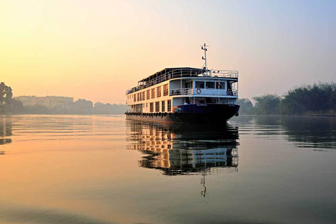 India – This Ultimate 20 Day India Holiday has it all – Luxury River Cruise, 5 Star Private Tour, Wildlife Safaris, Taj Mahal and much more