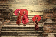 Travelbay Myanmar Tours - 8 Delightful Days in Mandalay, Bagan, Inle & Yangon - Myanmar Private Tours - 3 Young Monks on Steps, Myanmar