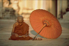 Travelbay Myanmar Tours - 12 Extraordinary Days of Local Life, Food and Culture - Myanmar Private Tours - Buddhist Novice, Myanmar