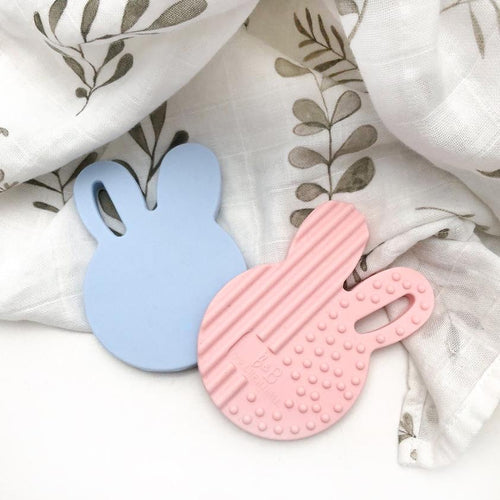 BUNNY TEETHING DISC PALE BLUE