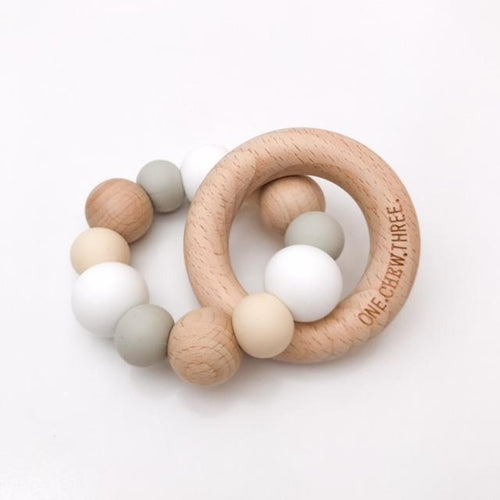NATURALS SILICONE AND BEECH WOOD TEETHER WHITE
