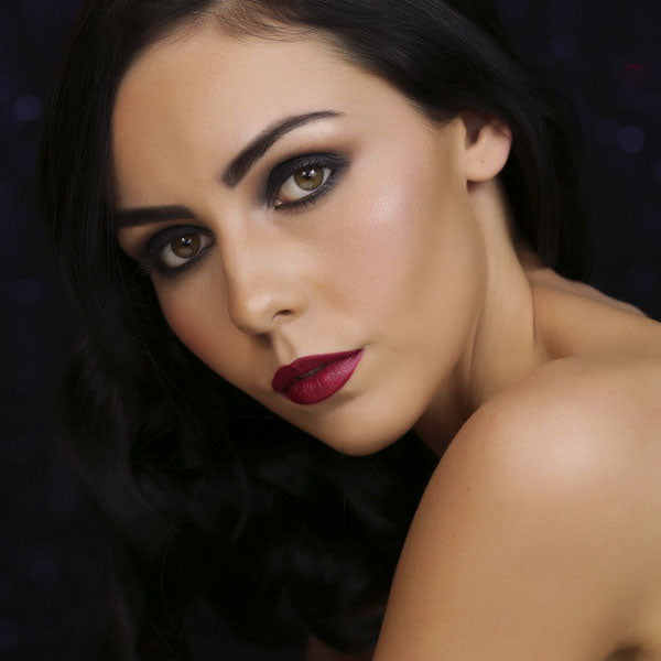 smokey-eye-dark-red-lipstick-mineral-goddess