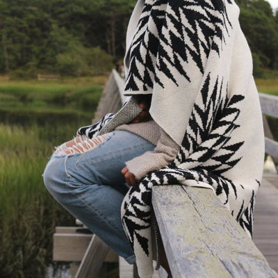 Eco Spikes Throw Blanket