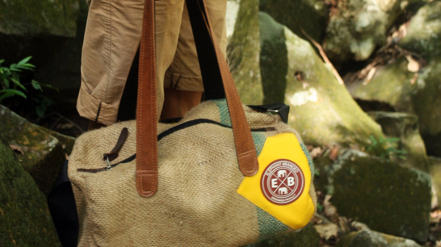 Wild Clipper Large Burlap Duffel Bag
