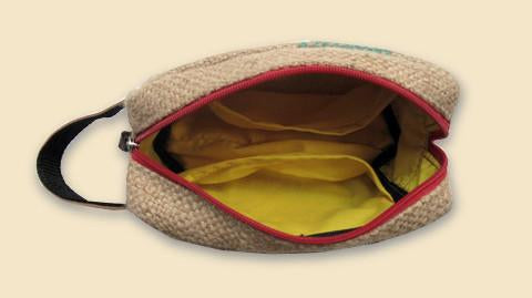 Wild Small Burlap Travel Bag