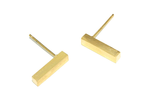 Bar earrings | yellow gold