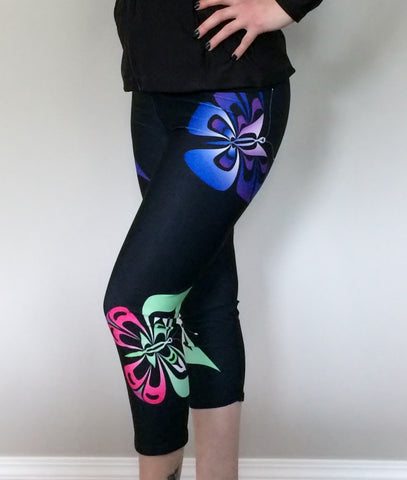 Butterfly Capris (Artistic Black)