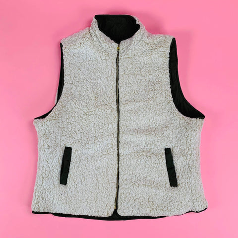 Cozy Love Plus Size Reversible Vest (Black,Burgundy,Olive,Off-White)