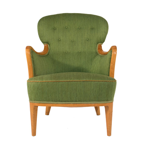 #498 Swedish Grace Lounge Chair in Walnut