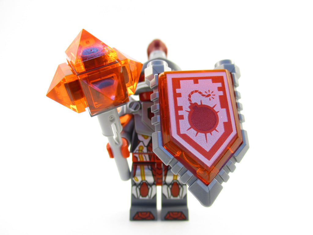 LEGO Nexo Knights Macy Minifigure 70319 Mini Fig Bomb Blast Power
