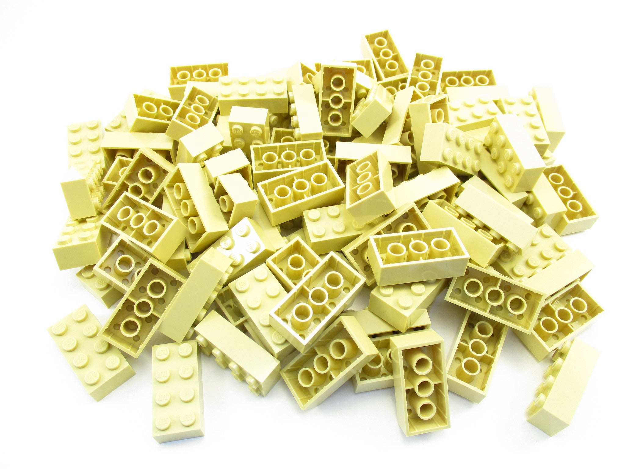 LEGO Tan Brick 2x4 Lot of 100 Parts Pieces 3001