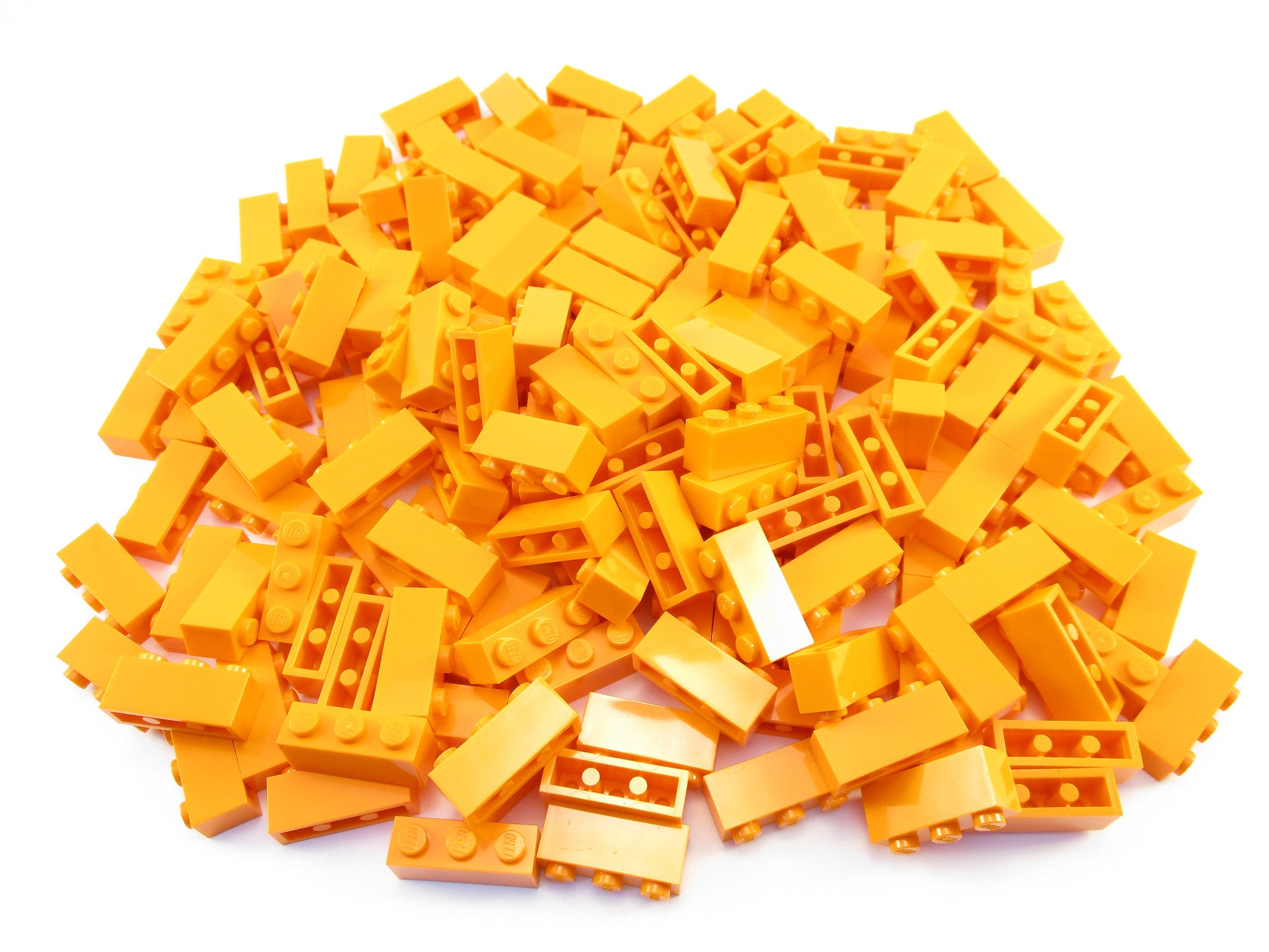LEGO Orange Brick 1x3 Lot of 100 Parts Pieces 3622