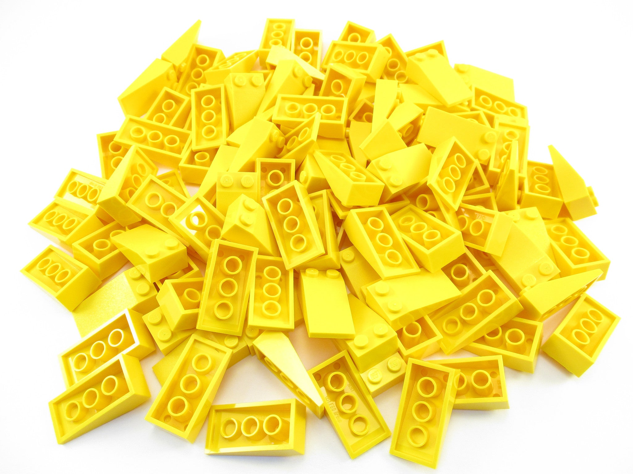 LEGO Yellow Slope 18 4x2 Lot of 50 Parts Pieces 30363