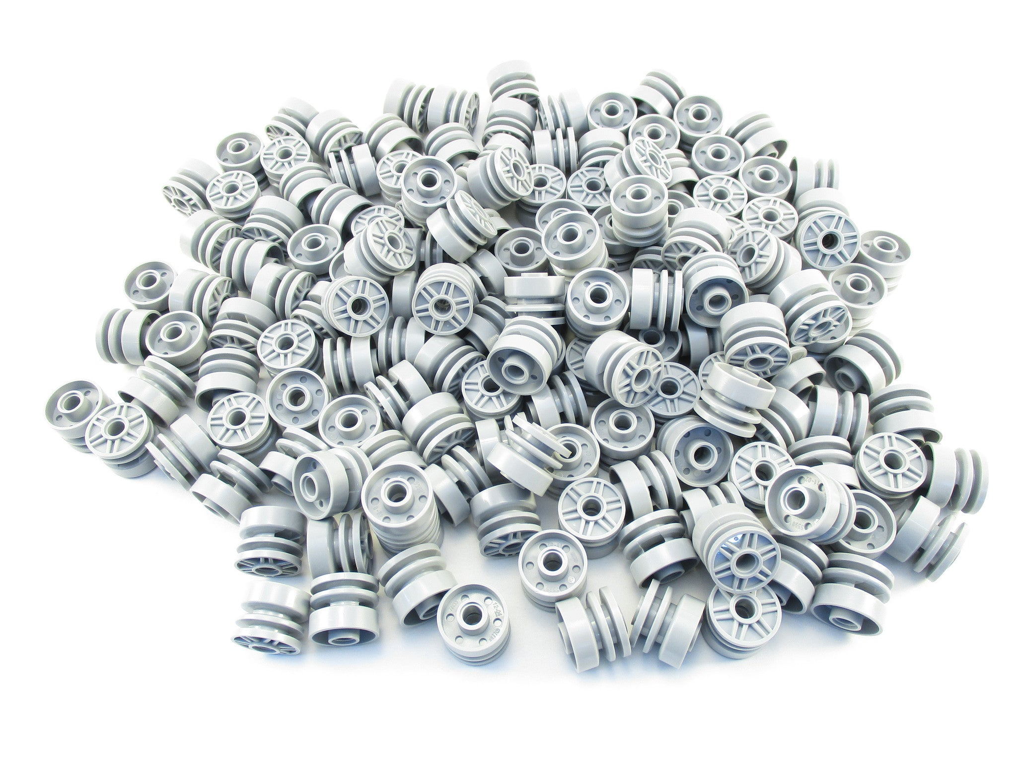 LEGO Light Bluish Gray Wheel 18mm D. x 14mm with Pin Hole Lot of 100 Parts Pieces 55981 Grey