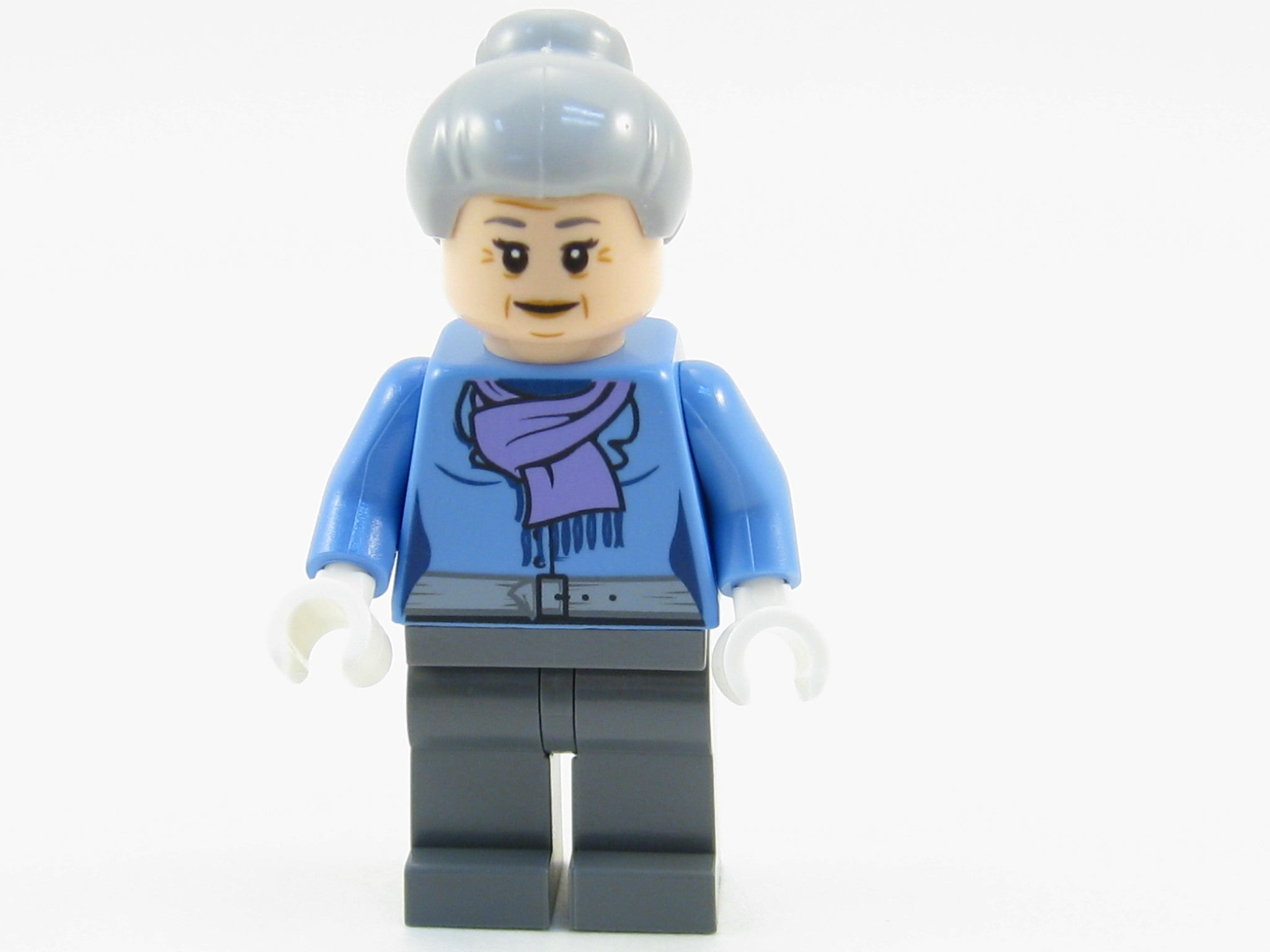 LEGO Marvel Super Heroes Aunt May Minifigure 76057 Mini Fig