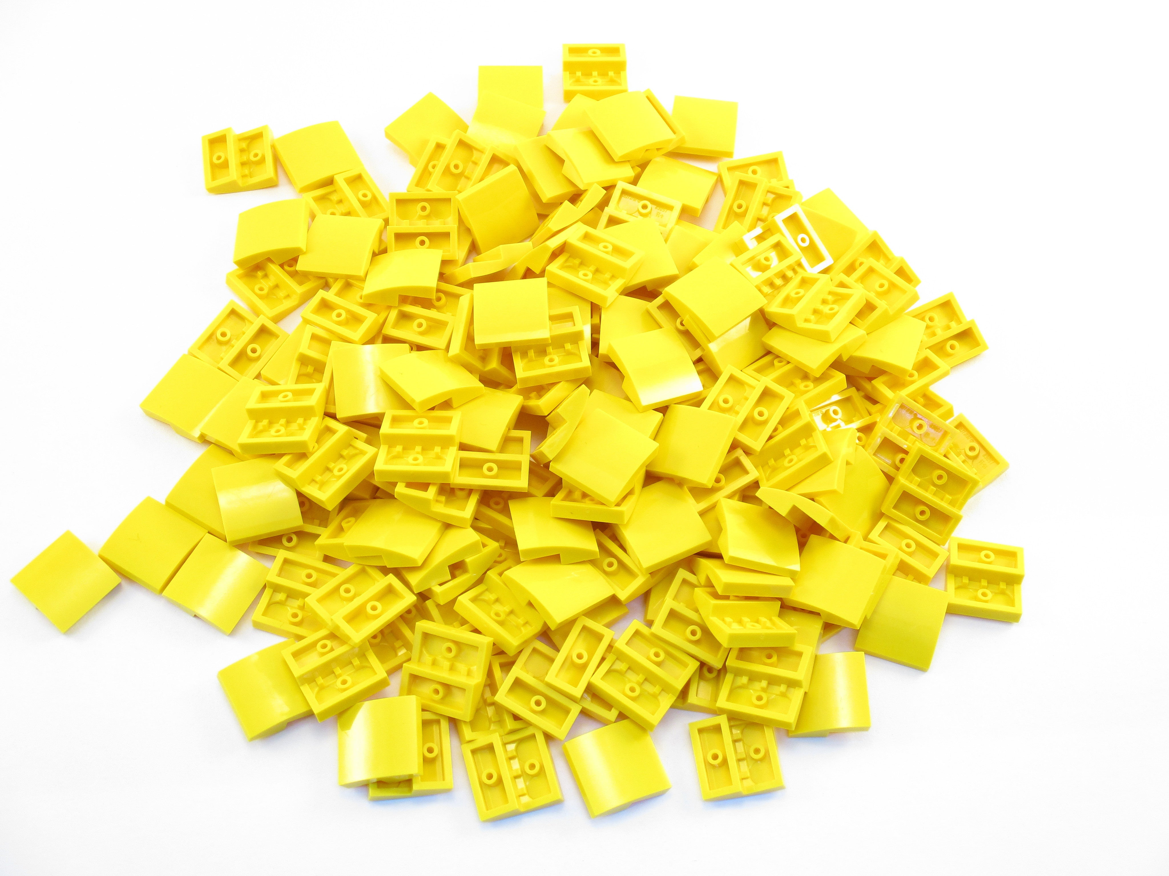 LEGO Yellow Slope Curved 2x2 No Studs Lot of 100 Parts Pieces 15068
