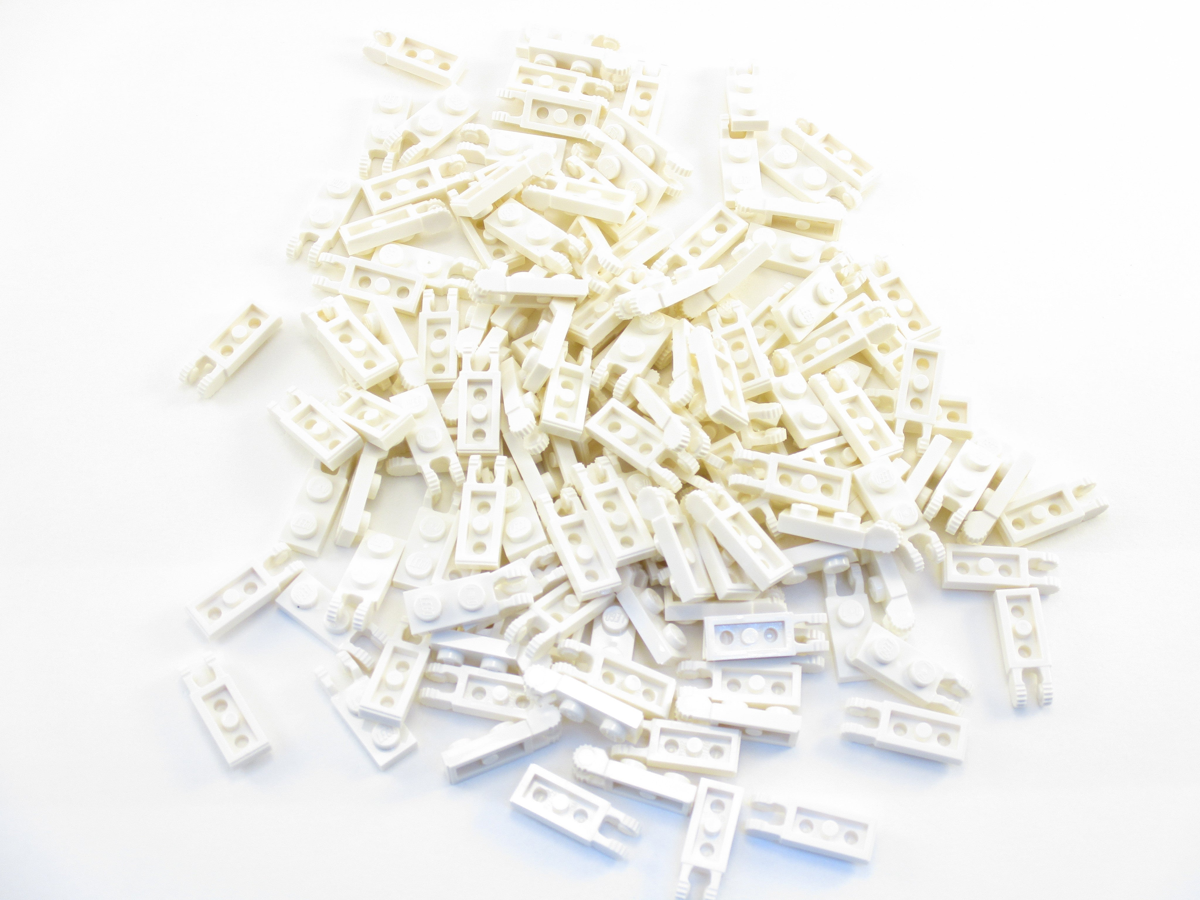 LEGO White Hinge Plate 1x2 Locking 2 Fingers Lot of 100 Parts Pieces 44302