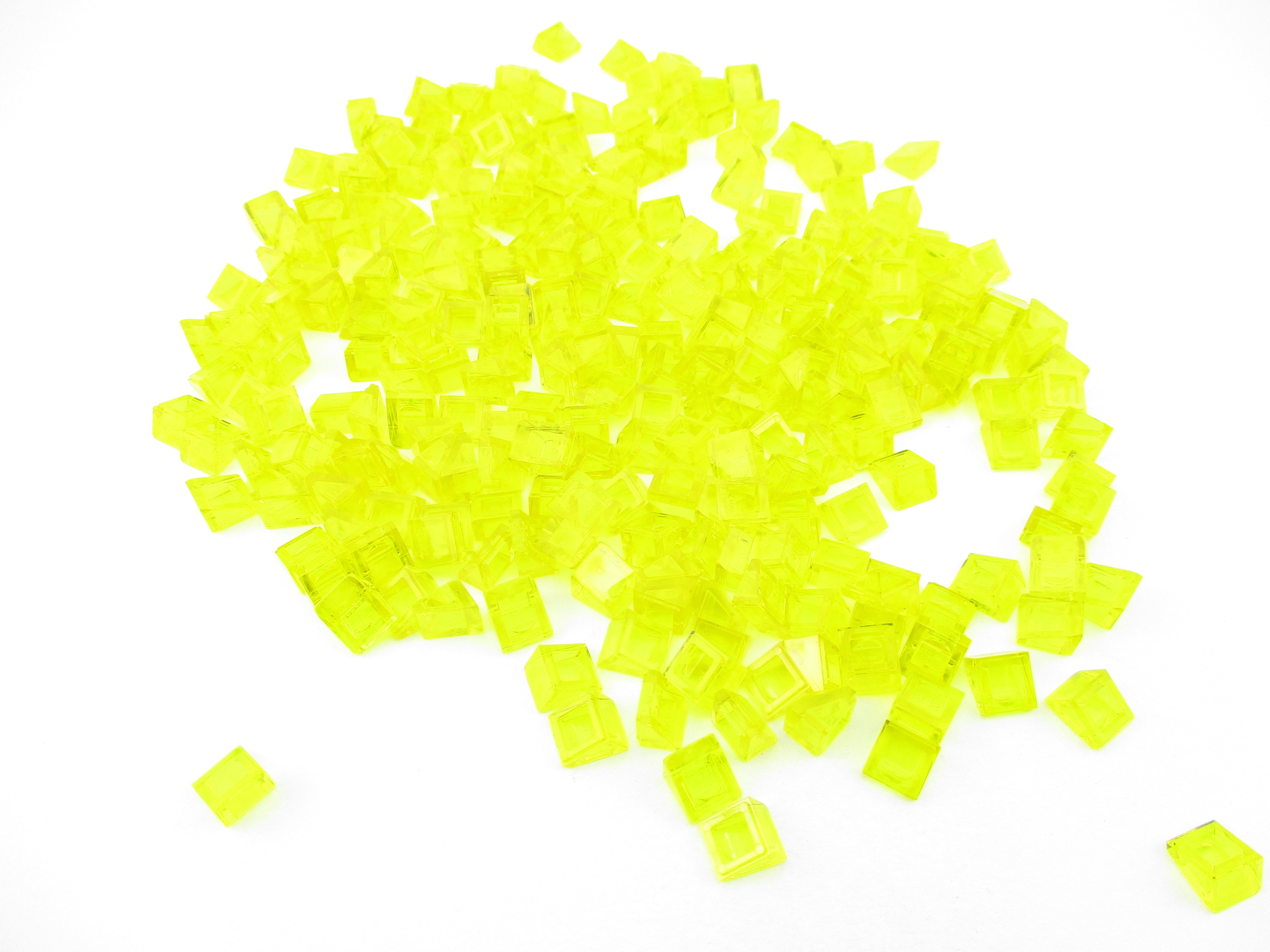 LEGO Trans Yellow Slope 30 1x1x2//3 Lot of 100 Parts Pieces 54200