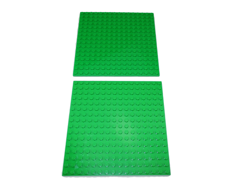LEGO Bright Green Plate 16x16 Lot of 2 Parts Pieces 91405 5x5 inch