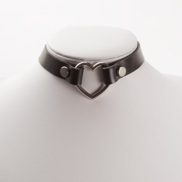 HEART LEATHER CHOKER (CLICK FOR MORE COLORS)