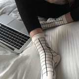 MILK BOX GRID SOCKS