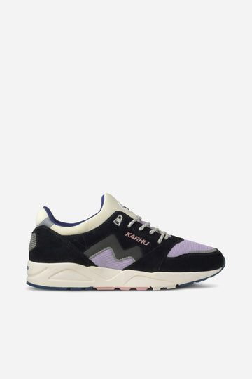 KARHU Aria 95 Jet Black/Purple Heather | HAVN