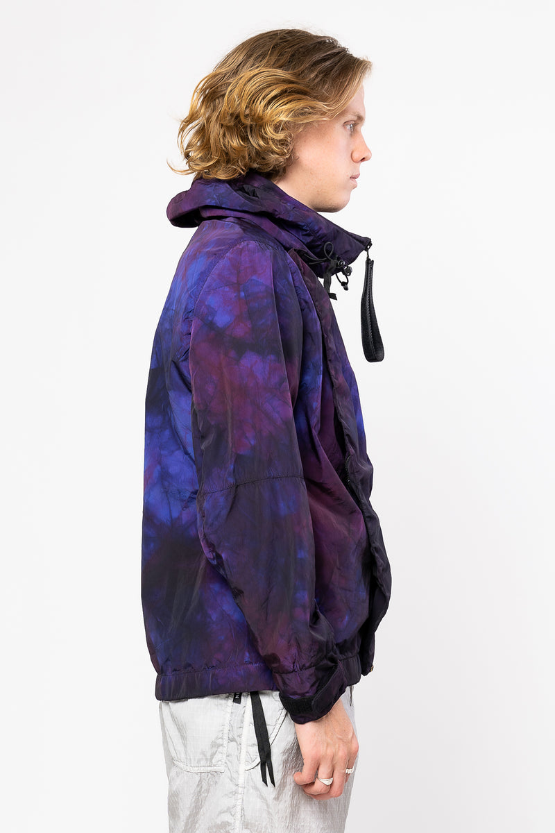 Does 3L Tie Dye Jacket Cosmo