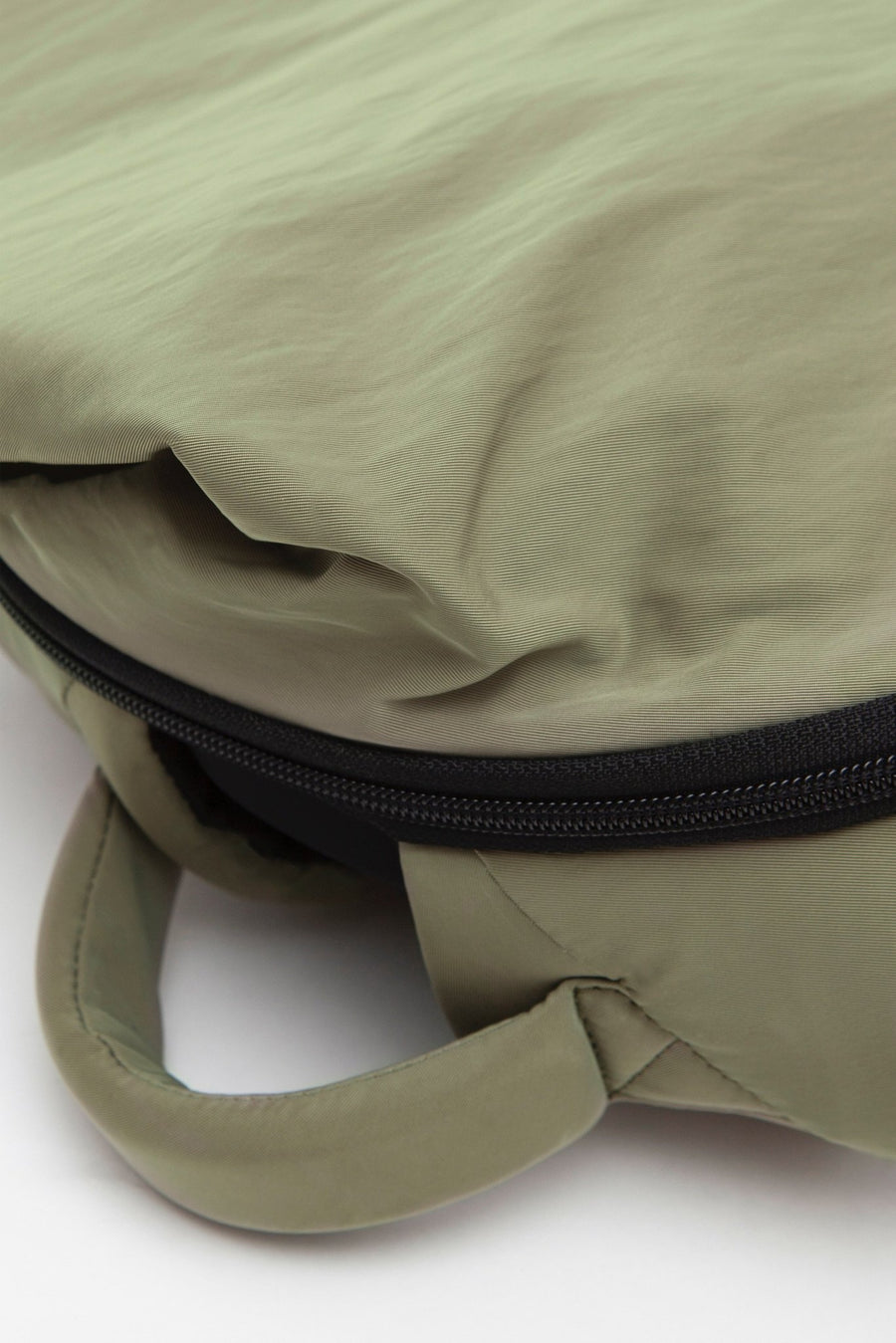 COTE & CIEL Isar Small Smooth Khaki | HAVN