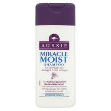 Aussie Miracle Moist Travel Size Shampoo 75ml - Travel Toiletries 2 Go