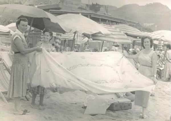 Traditional Italian Linens being sold at the beach