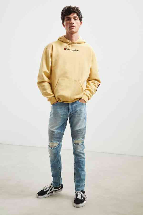 https://www.urbanoutfitters.com/shop/bdg-destructed-skinny-moto-jean?category=SEARCHRESULTS&color=106