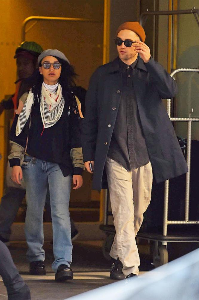 http://www.justjared.com/photo-gallery/3240291/robert-pattinson-fka-twigs-beanie-sunglasses-pair-01/