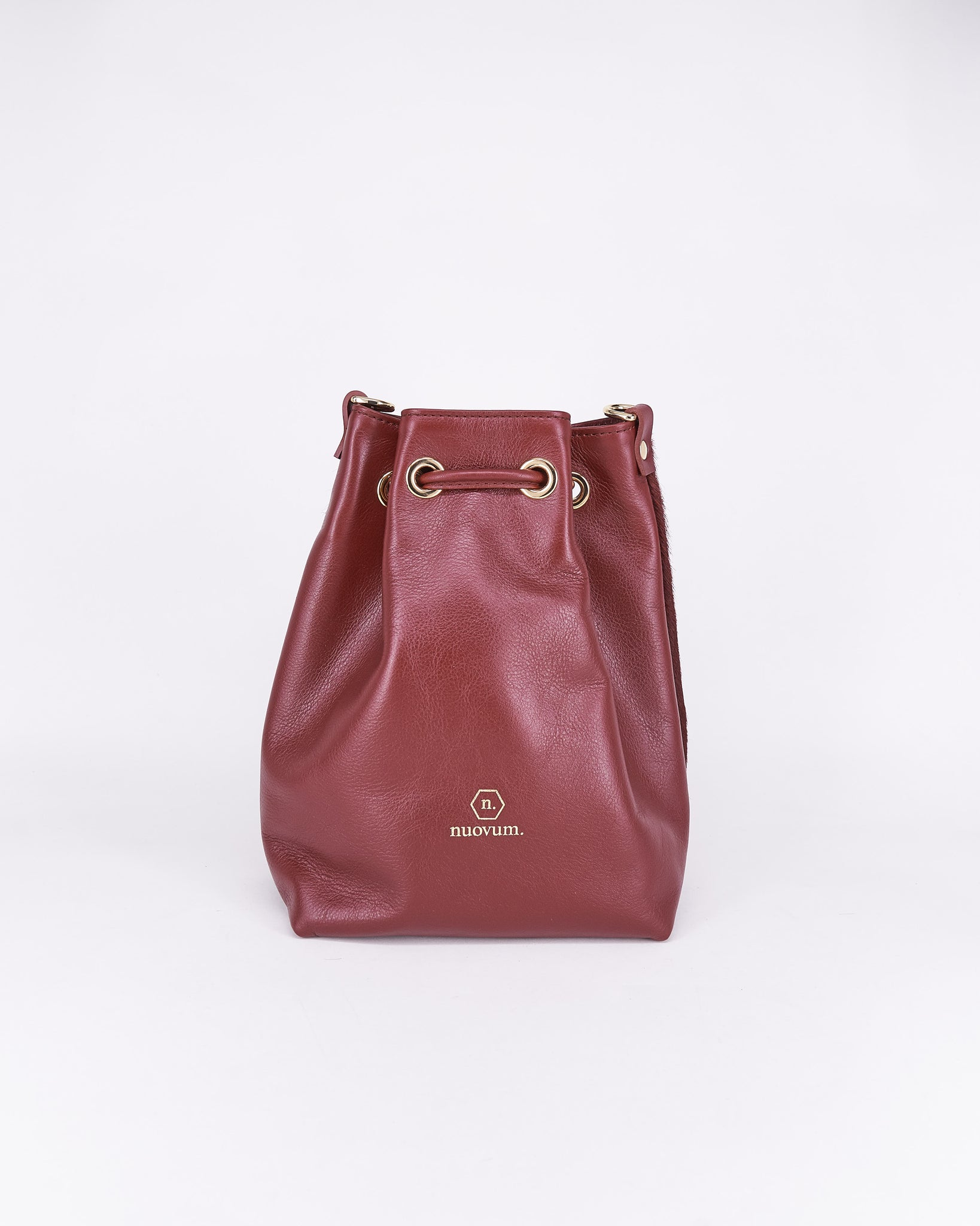 Bag-Nuo Sac-Nuovum-Leather-Bordeaux-localdesigners-Barcelona-Nuovum-Handmade-back