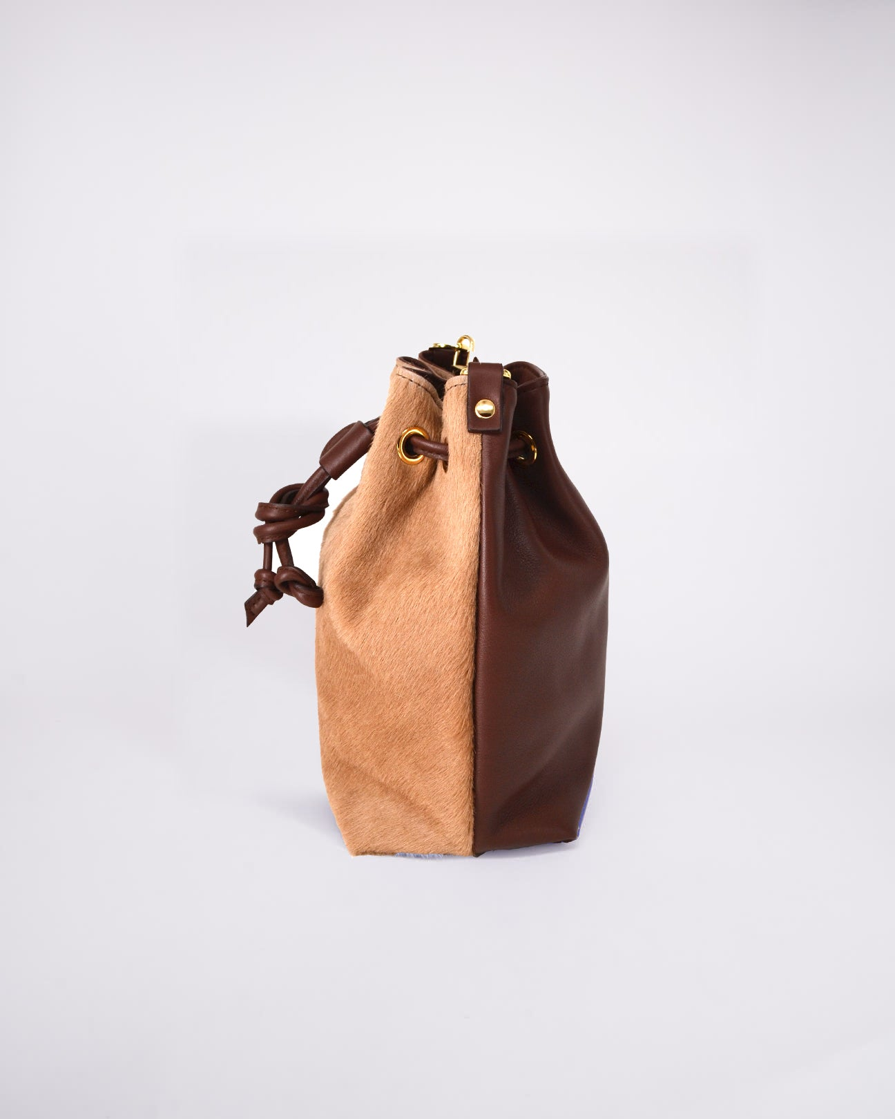 Bag-Nuo Sac-Nuovum-Leather-Brown-localdesigners-Barcelona-Nuovum-Handmade-side