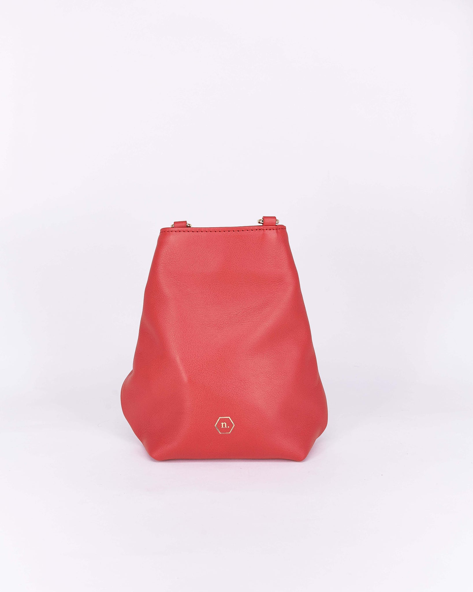 Candy-Red-Leather-Designbynuovum-Localdesigners-Barcelona-Back