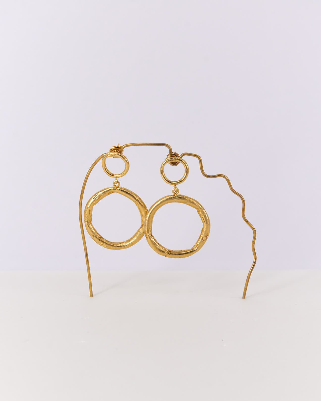 Earrings-Doublering-CristinaJunquero-Gold-Handmade-Nuovum-Barcelona-localdesigners