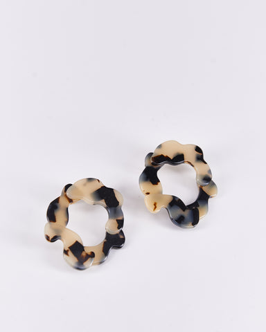 Earrings-Imbali-AprésSki-Beige-Handmade-Nuovum-Barcelona-localdesigners