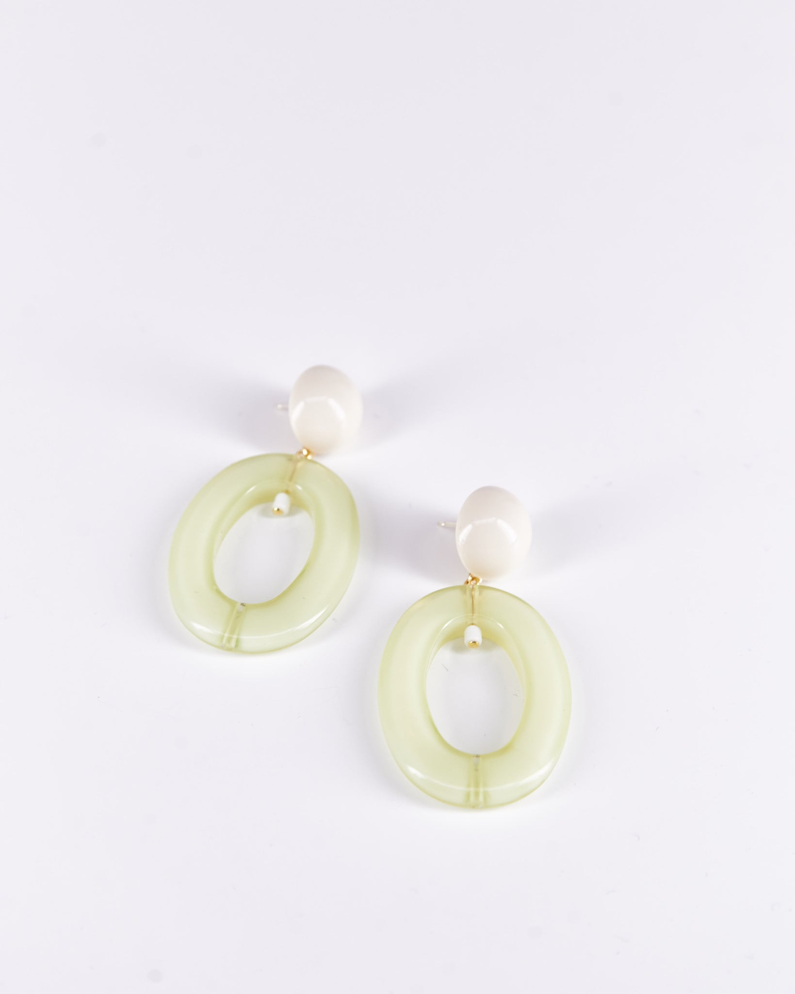 Earrings-MeloII-ProjectBon-Acetate-Handmade-Localdesigners-Nuovum-Barcelona